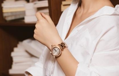Boss Luxury gợi ý phối đồ với đồng hồ Pasha De Cartier đón Tết Tân Sửu