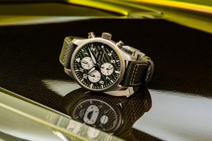 """IWC hợp tác với Mercedes cho ra mắt Pilot's Watch Chronograph Edition """"AMG"""""""