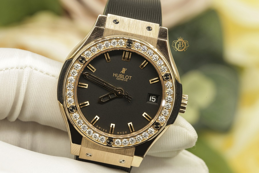Review đồng hồ Hublot Classic Fusion King Gold 33mm