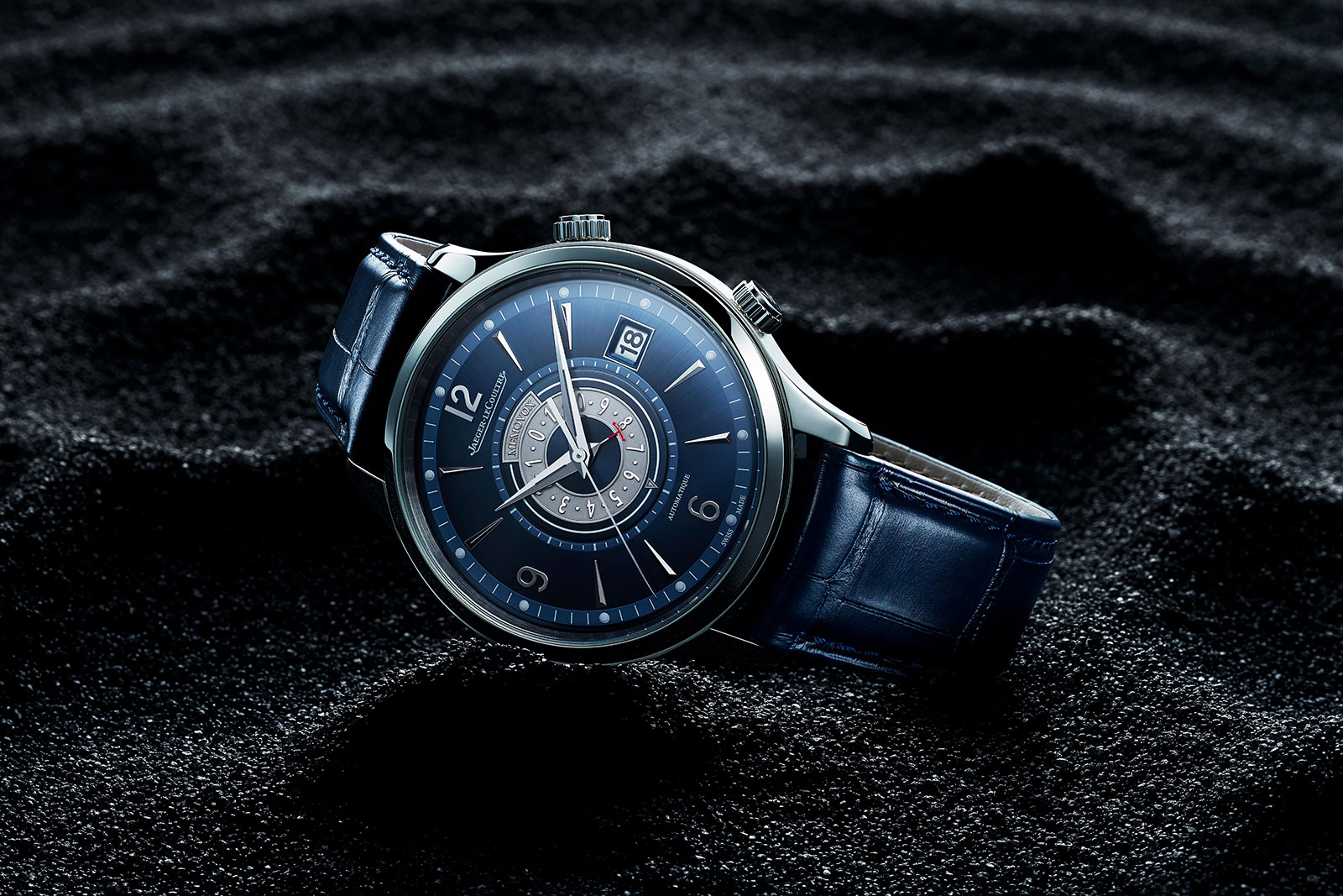 Sự trở lại của bộ đôi đồng hồ báo thức nổi tiếng nhà Jaeger-LeCoultre