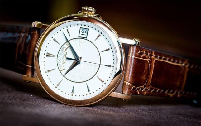 Review đồng hồ Patek Philippe Calatrava 5153 đồng hồ Patek chỉ 3 kim 1 lịch