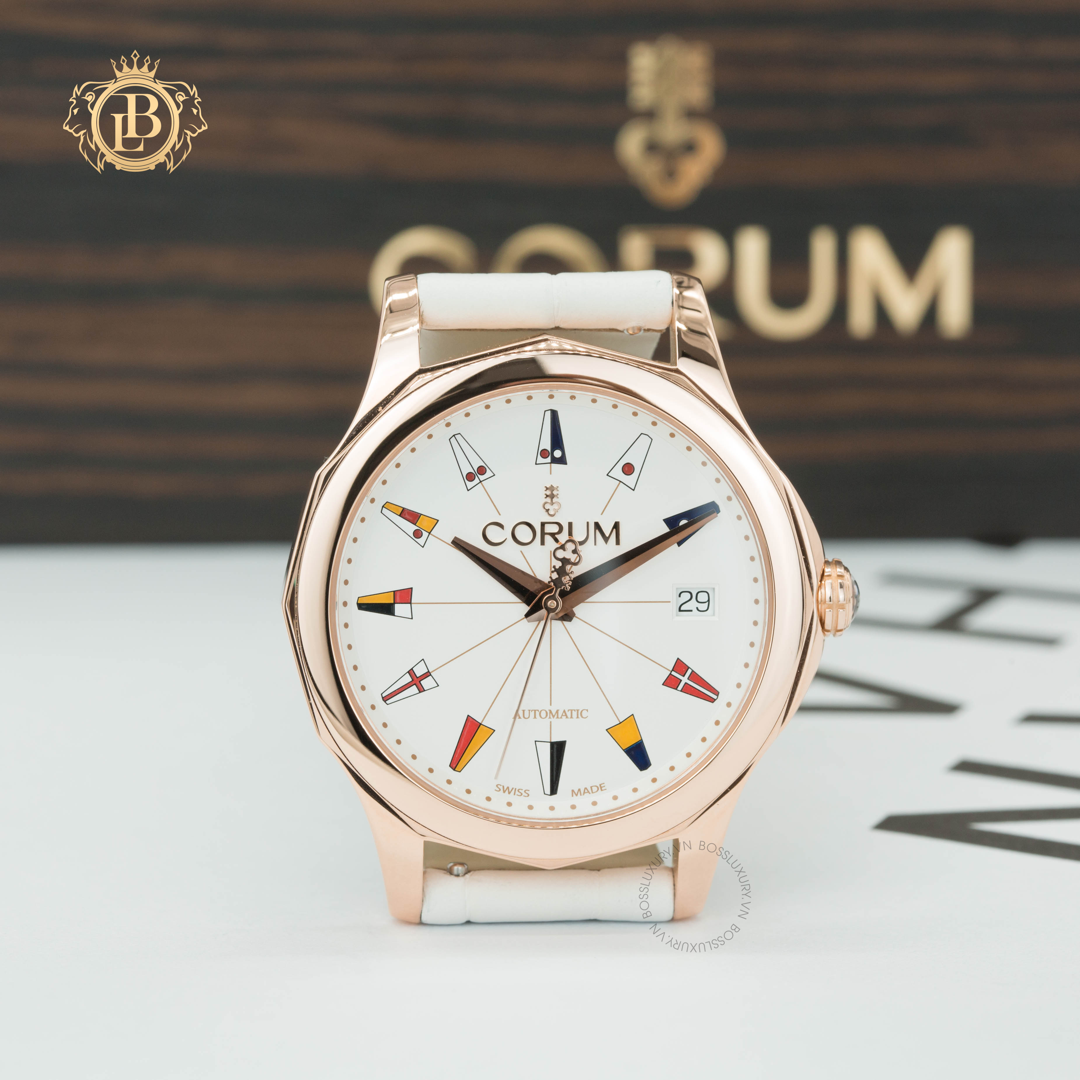 Review đồng hồ Corum Admiral's Cup Legend 38 chất liệu bằng vàng hồng giá rất tốt