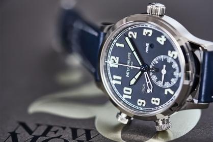 Giới thiệu mẫu đồng hồ Patek Philippe Calatrava Pilot Travel Time Ref. 7234G-001