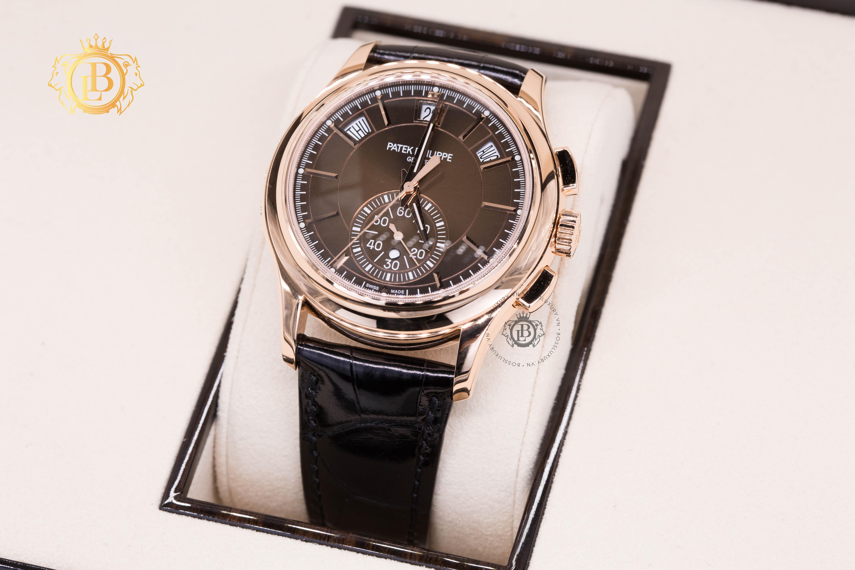 Review đồng hồ Patek Philippe 5905R-001: Quá nhiều tính năng trên trên chiếc đồng hồ này