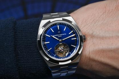 Điểm danh những chiếc đồng hồ sắc xanh chiếm lĩnh nửa đầu năm 2020