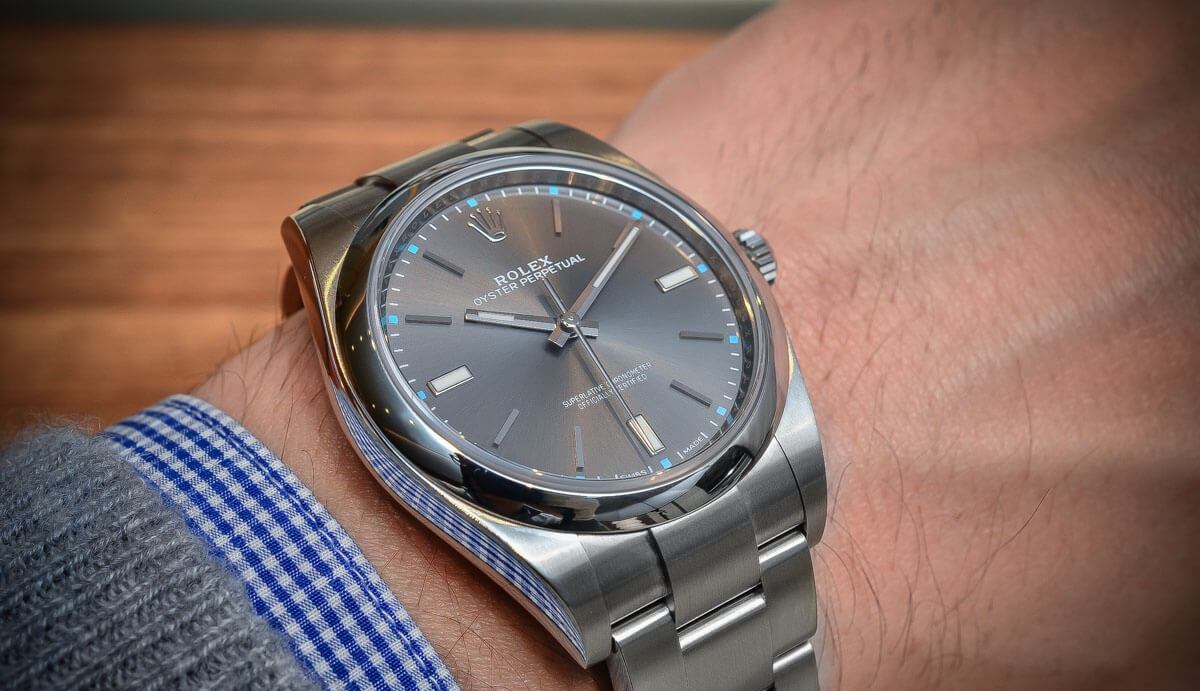 Review đồng hồ Rolex Oyster Perpetual 39mm Ref.114300