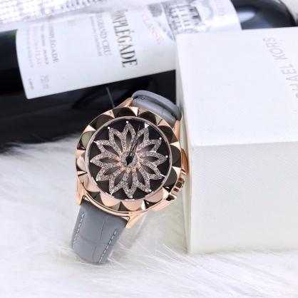 Hé lộ chiếc đồng hồ mặt xoay Chopard - Biểu tượng vẻ đẹp nữ quyền