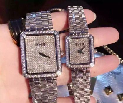 Giới thiệu đồng hồ Piaget nam mặt vuông đính đá vô cùng lịch lãm và cuốn hút