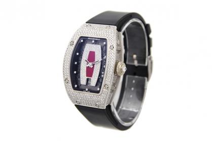 Nhìn lại đồng hồ Richard Mille RM007 vàng trắng đính kim cươngsiêu bắt mắt