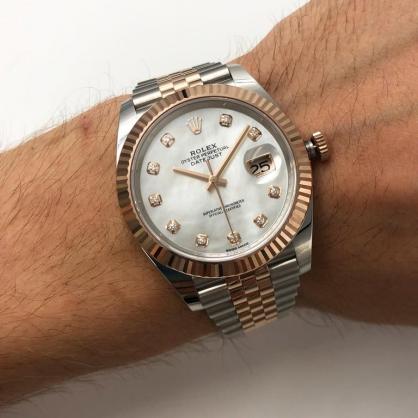 Đồng hồ Rolex Datejust 41 126331 Mặt số Sundust nạm kim cương