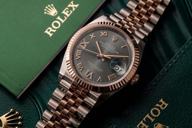 Đồng hồ Rolex Datejust 36 126231 mặt số Rhodium cọc số La Mã nạm kim cương