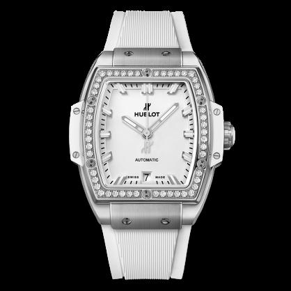 Bắt nhịp xu hướng dùng đồng hồ nữ màu trắng của phái đẹp