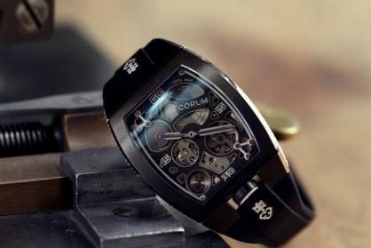 Cách phân biệt đồng hồ Corum thật giả