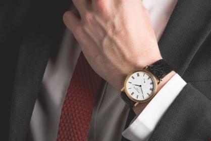 Một số lưu ý về thủ tục mang đồng hồ xuất nhập cảnh