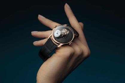 Bật mí 4 đồng hồ Tourbillon tuyệt đẹp dành cho nữ giới