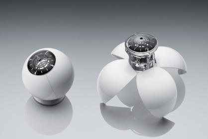 Giới thiệu MB&F X L'Epée 1839 Orb: Chiếc đồng hồ quả cầu kỳ quặc lấy cảm hứng từ đôi mắt và đôi cánh của bọ cánh cứng