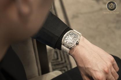 Khẳng định phong cách phái mạnh với 5 mẫu đồng hồ nam tuyệt đẹp tại Boss Luxury
