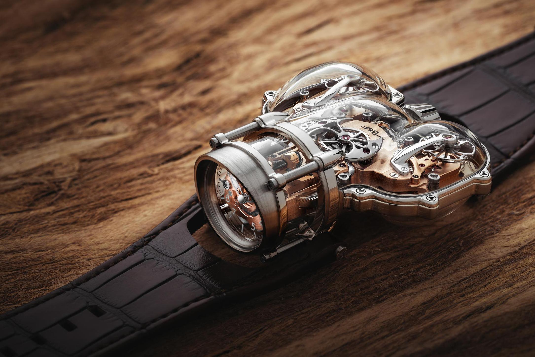 MB&F ra mắt đồng hồ mới MB&F Horological Machine N°9 'Sapphire Vision': Một bứt phá ngoạn mục trong thế giới thời gian