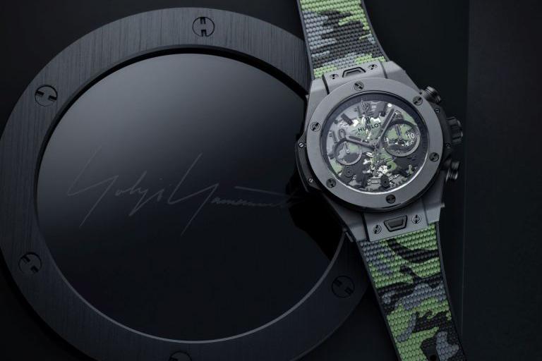 Hublot tiếp tục mang đến 1 trải nghiệm vô cùng mới lạ về màu sắc với chiếc đồng hồ Big Bang Camo Yohji Yamamoto