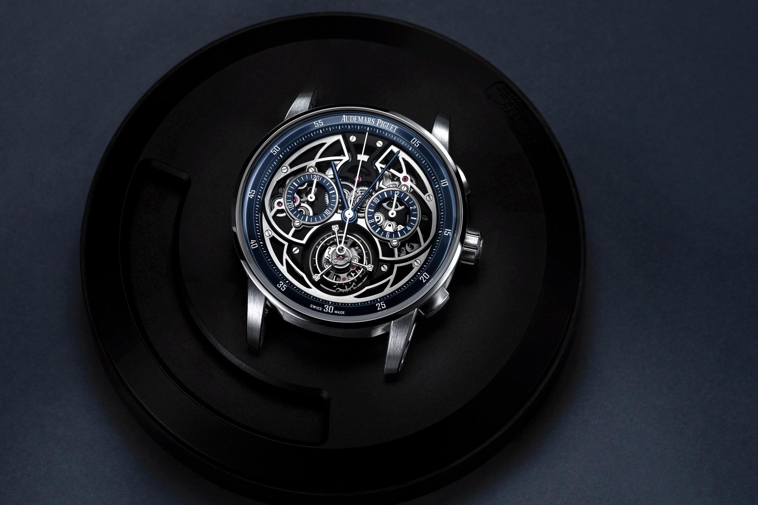 """Audemars Piguet làm mới bộ sưu tập """"CODE 11.59 by Audemars Piguet"""" với một mẫu đồng hồ phiên bản giới hạn mới"""