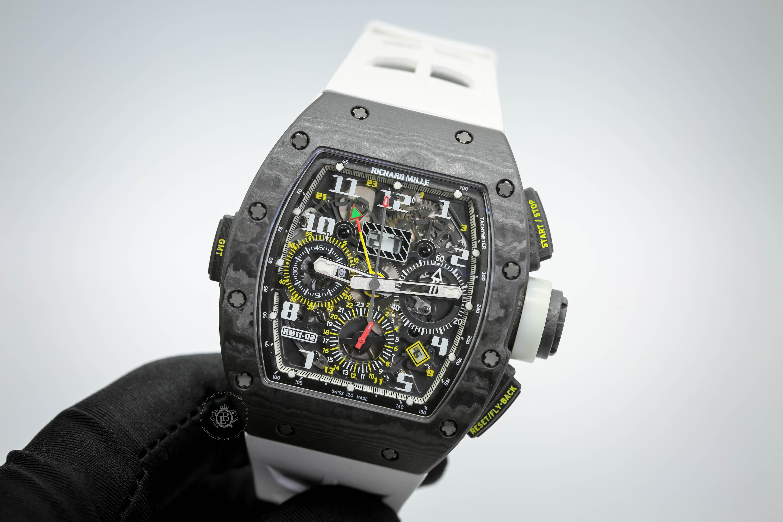 Review đồng hồ Richard Mille RM11-02 CA: Thể thao, thời thượng và hữu dụng