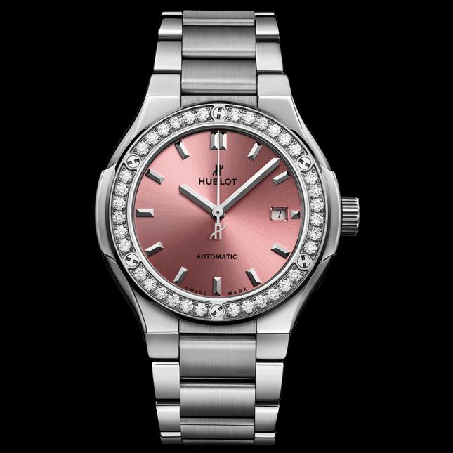Hublot Classic Fusion Titanium Pink Bracelet Titanium 33mm