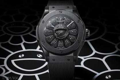 Ngắm trọn 13 mẫu đồng hồ màu đen mới nhất cực bí ẩn và cuốn hút