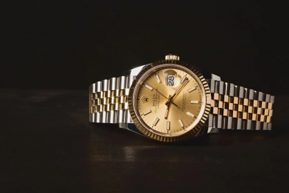 Điều gì khiến cho đồng hồ sang trọng giảm giá trị?