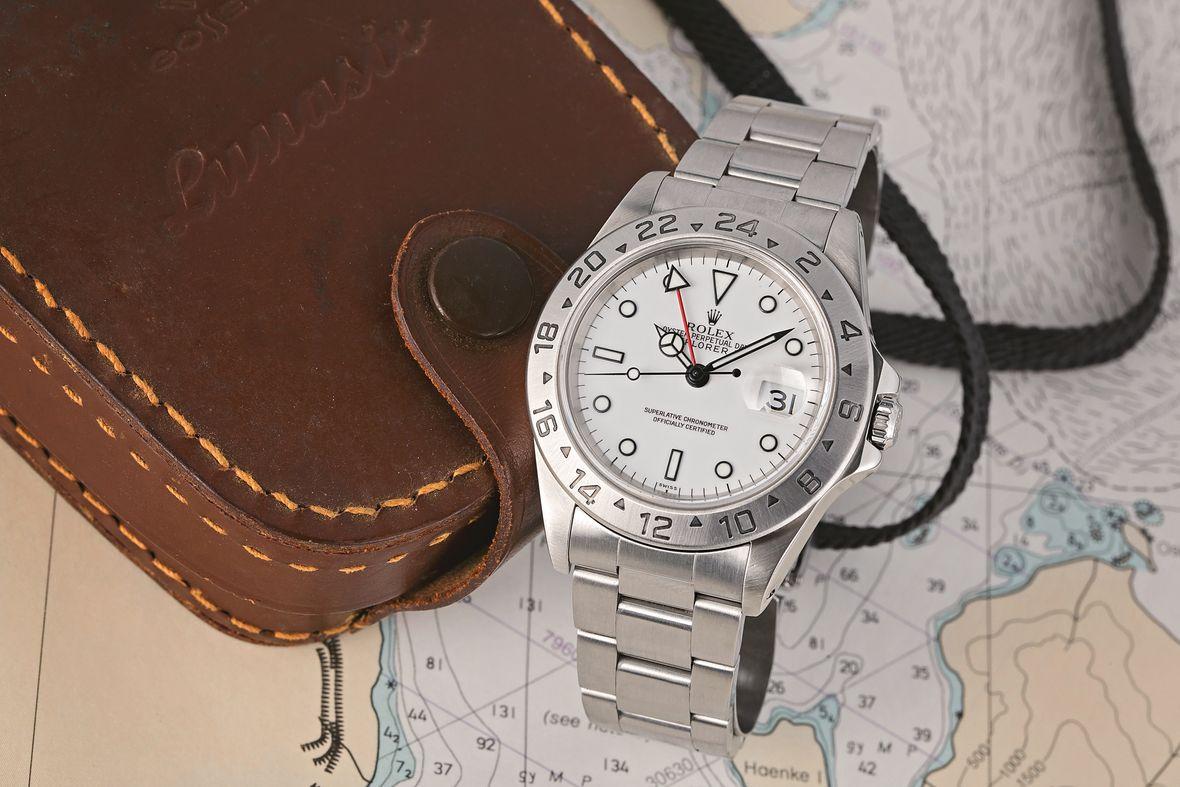 Hướng dẫn mua đồng hồ Rolex Explorer II mới nhất