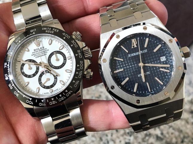 Đặt Audemars Piguet và Rolex lên bàn cân, bạn chọn đồng hồ bằng thép không gỉ của thương hiệu nào?