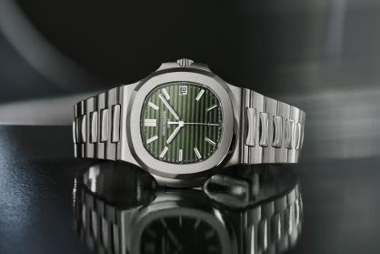 Tại sao 4 trong số những biểu tượng tuyệt vời nhất của ngành đồng hồ lại đột ngột được cải tiến?