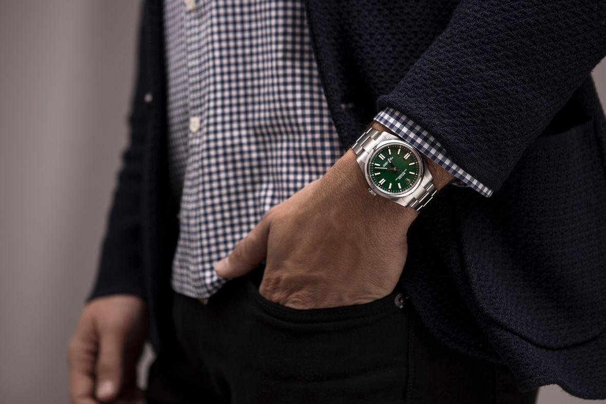 Hướng dẫn chọn mua đồng hồ Rolex Oyster Perpetual cho người mới
