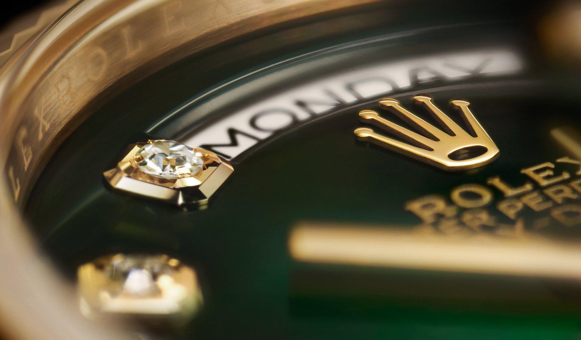 Nghệ thuật tạo nên những mẫu đồng hồ lấp lánh của Rolex