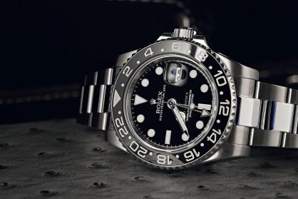 Những điều bạn cần biết khi chọn mua đồng hồ Rolex mặt số đen