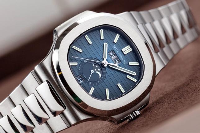 Tại sao đồng hồ màu xanh lại được ưa chuộng đến vậy?