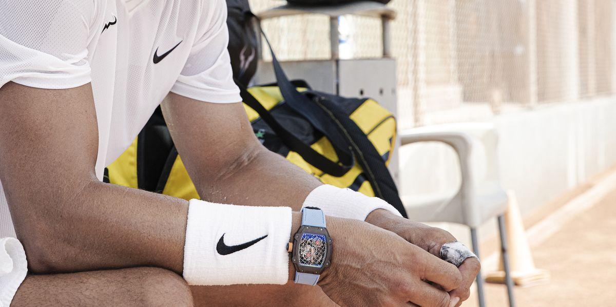4 Mẫu đồng hồ thể thao hấp dẫn dành cho những người năng động