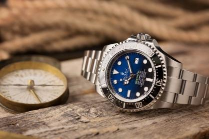 Những vận động viên nổi tiếng thường đeo đồng hồ gì?