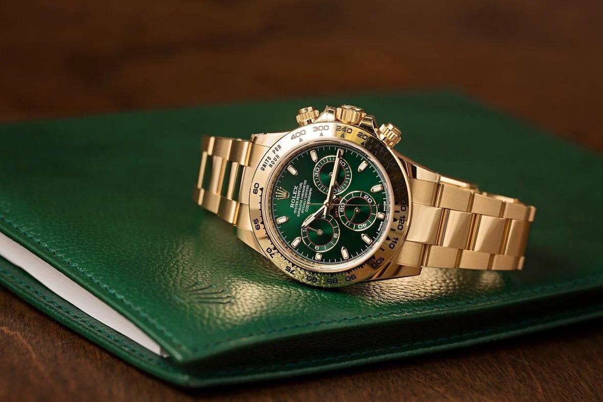 Mê mẩn với 4 mẫu đồng hồ thể thao Rolex từ vàng vàng được thèm muốn nhất hiện nay