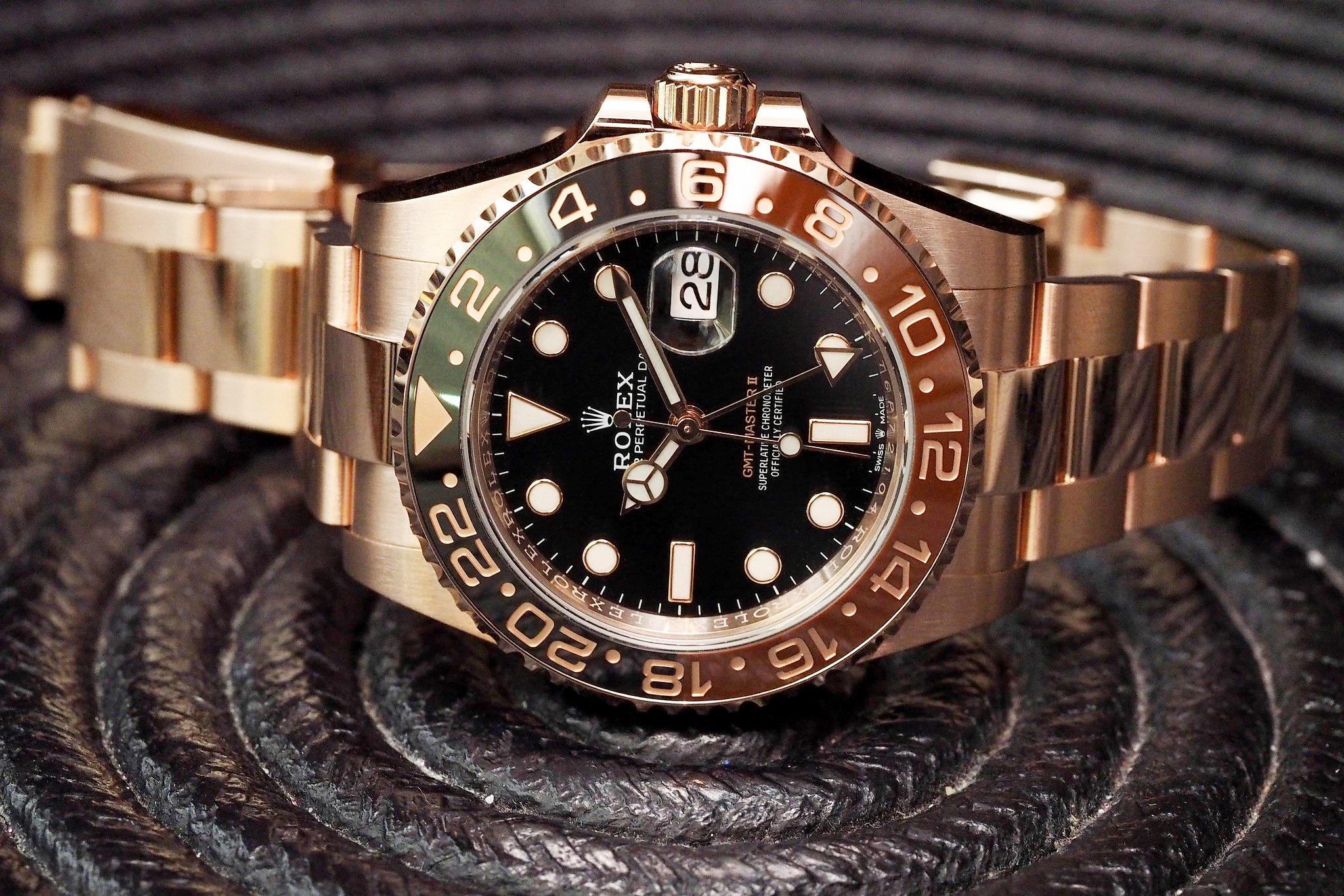 Những mẫu đồng hồ hai tông màu sang trọng tốt nhất hiện nay