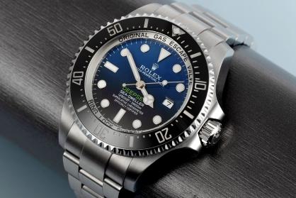 Top 9 Mẫu đồng hồ sở hữu kích thước khủng hấp dẫn nhất hiện nay