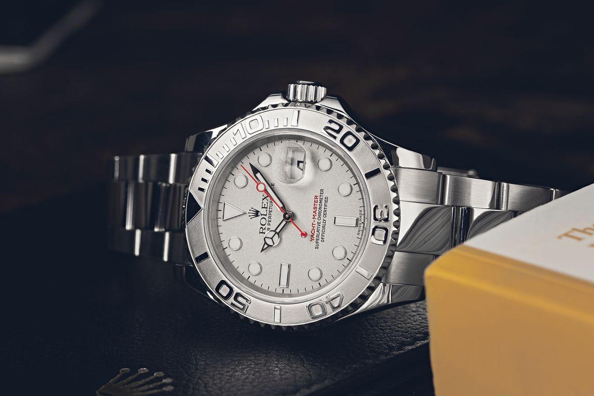 Tìm hiểu về những mẫu đồng hồ Rolex phổ biến ra mắt những năm 1990
