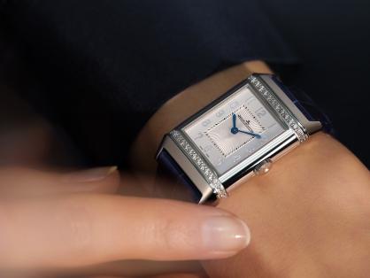 Top 11 chiếc đồng hồ tốt nhất dành cho phái đẹp năm 2021