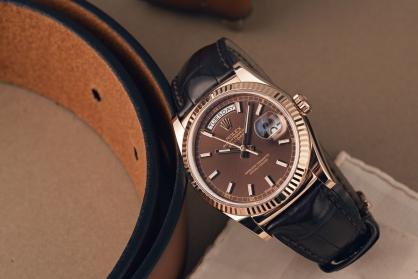Những mẫu đồng hồ nam thanh lịch nhất từ Rolex, Omega hay Patek Philippe
