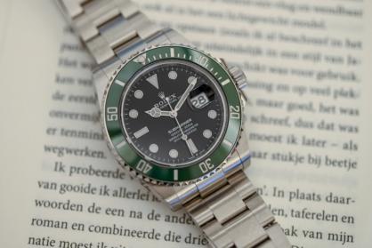 Gợi ý 9 mẫu đồng hồ lặn có vành bezel xanh lá siêu hấp dẫn