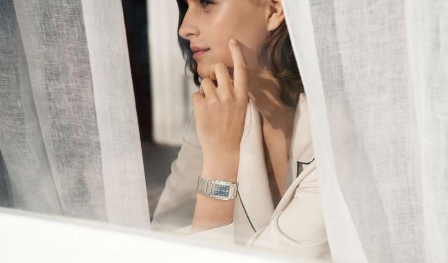 Điểm danh những mẫu đồng hồ nữ tuyệt nhất ra mắt năm 2020