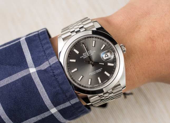 Đôi nét về đồng hồ Rolex mặt số Rhodium độc đáo