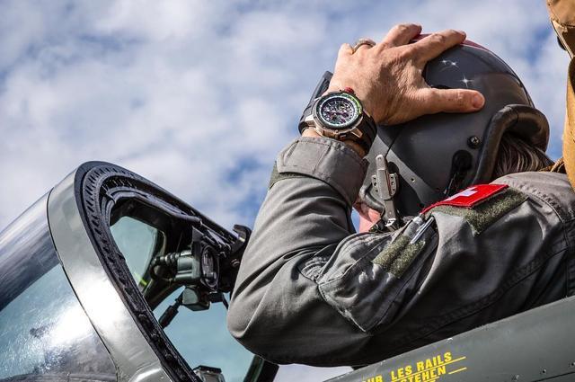 5 Mẫu đồng hồ phi công đắt giá nhất từ Patek Philippe, Breguet, MB&F, IWC và Richard Mille