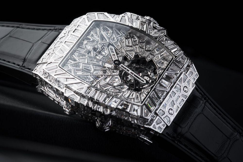 4 Mẫu đồng hồ Hublot lấp lánh tỏa sáng tựa kim cương