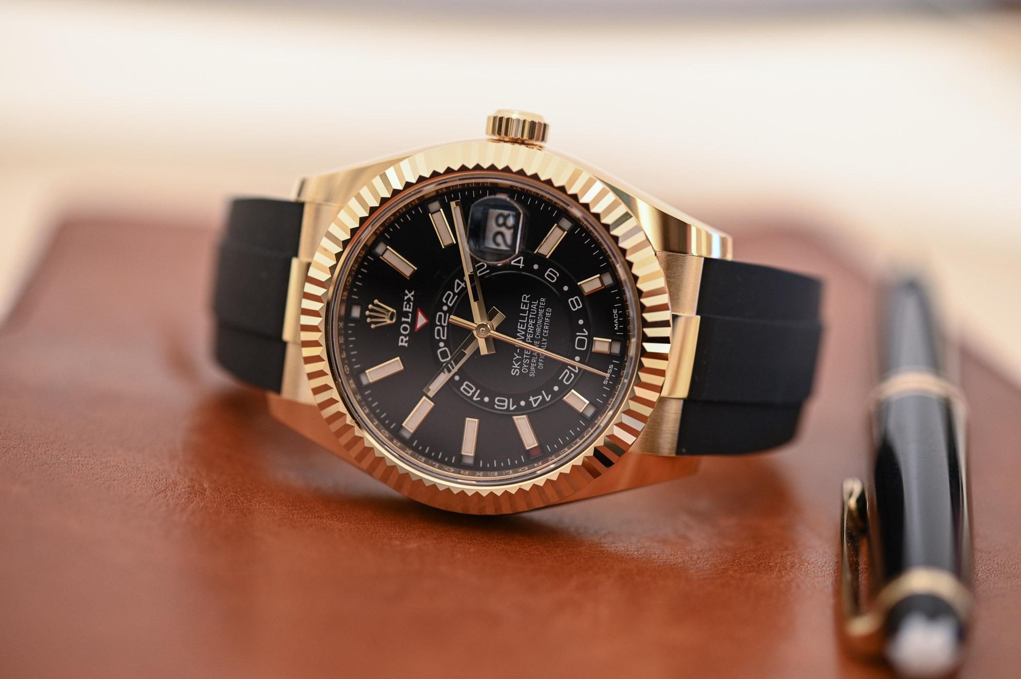 Bộ sưu tập đồng hồ Rolex Sky-Dweller 2020 có gì mới?