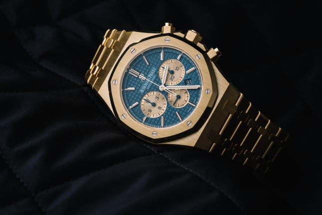 4 Mẫu đồng hồ vàng vàng cho nam đáng chú ý